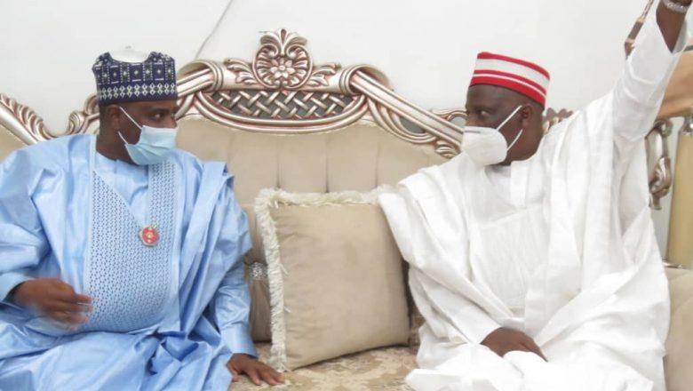 Hotuna: Gwamna Aminu Waziri Na jihar Sokoto ya kai ziyarar ta'aziyya ga tsohon gwamnan jihar Kano Kwankwaso bisa rasuwar mahaifinsa