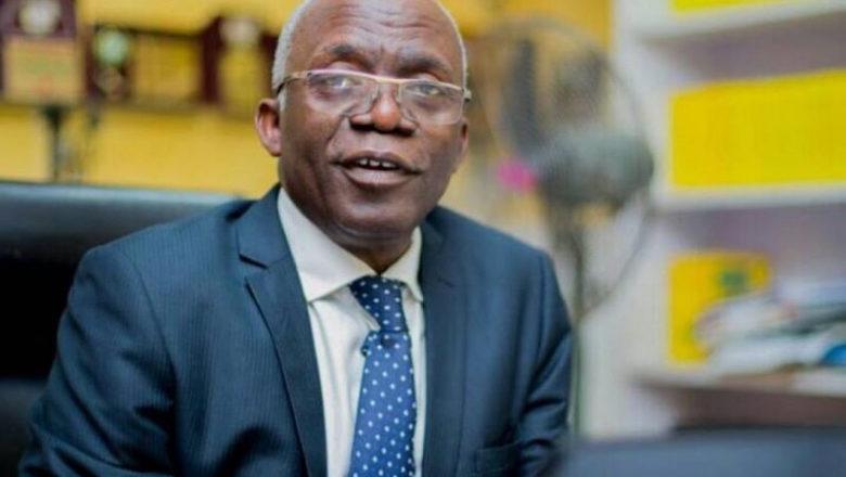 A lokacin Mulkin Jonathan, Buhari yace yayi Murabus amma ba'a kamashi ba, dan haka a Saki Salihu Tanko Yakasai>>Femi Falana