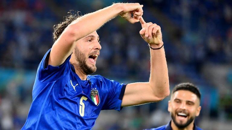 Kasar Italiya ta cancanci buga wasannin zagaye na 16 a gasar Euro bayan Locatelli ya ci mata kwallaye biyu doke Switzerland daci 3-0